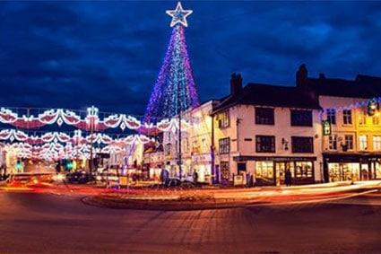 News -Rosconn Stratford Christmas Lights Shining Bright - Image 2